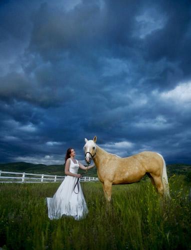 Bride Horse Storm